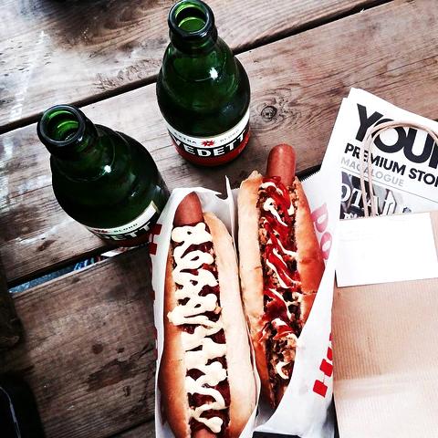 Hotdogs uit Amerikaanse foodtruck